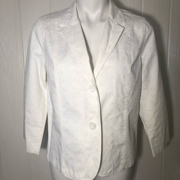 Studio Works Jackets & Blazers - White Denim Eyelet Blazer Studio Works 10P Petite